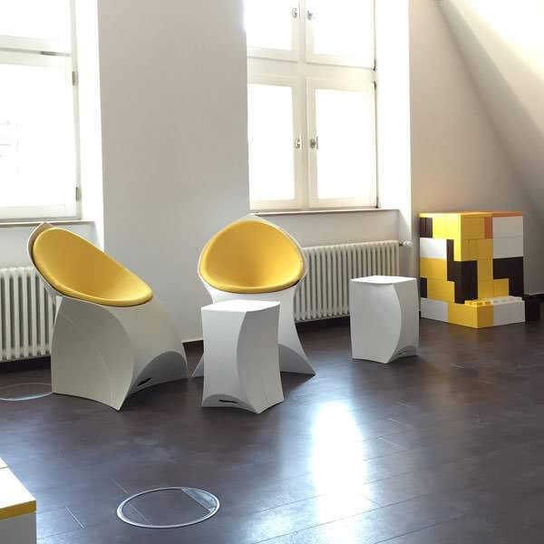 book creative meeting room in Dusseldorf city