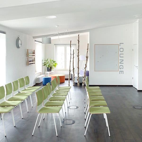 Hellen Seminarraum in Düsseldorf bei allynet mieten